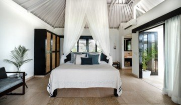 Superior One Bedroom Villa with Plunge Pool