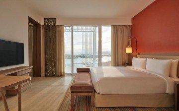 Regency Marina View Suite 84m2