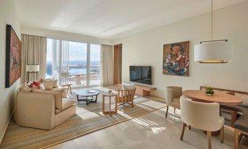 Regency Suite 84m2
