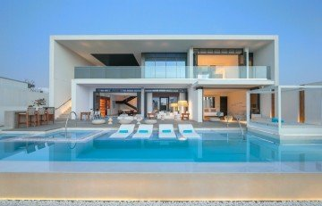 Ultimate Beach Villa