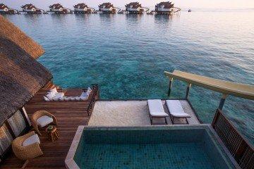 Ocean Pool Suite with Slide (280 m2)