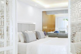 Three bedrooms Luxury Villa 2 bathrooms Grand Private Terrace