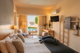 Junior Suite with Sea View & Individual Pool