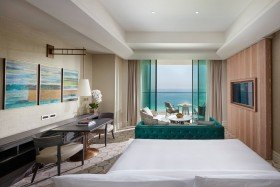 Premier Sea View Room