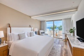 Emerald Two Bedroom Residence Sea View