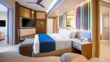 One Bedroom Master Swim Up Suite