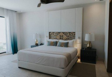 Castle Suite Oceanfront