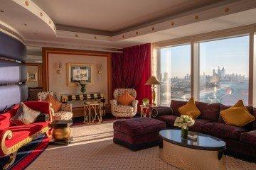Club One-Bedroom Suite