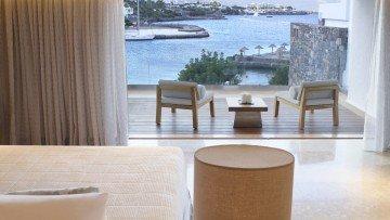 Peninsula Junior Suites Sea View