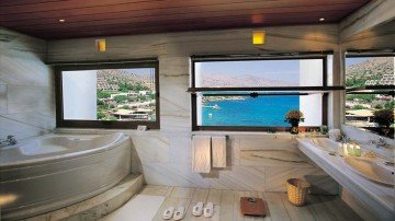 Peninsula Collection Suites with Private Pool